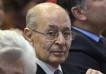 Ahmet Necdet Sezer'den 'Işıklar yanıyor' yorumu