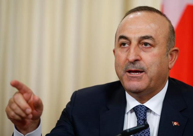 Çavuşoğlu: Ermenistan savaş suçu işliyor