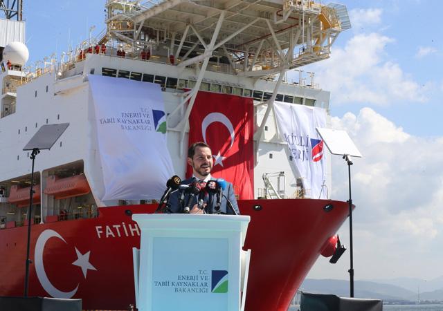 Bakan Albayrak'tan doğalgaz rezervinin artmasına ilişkin paylaşım