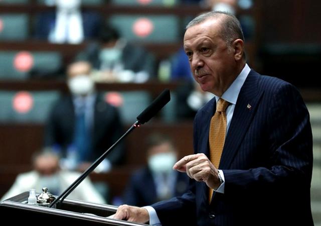 Erdoğan'dan yeni operasyon sinyali: Teröristler sınırdan uzaklaşmazsa...