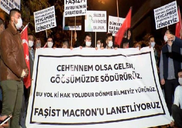 Ankara'da Macron protestosu: Cehennem olsa gelen göğsümüzde söndürürüz