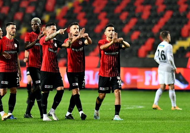 Beşiktaş Gaziantep'te kayıp! 3-1
