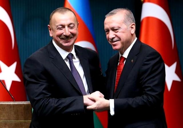 Aliyev'den Ermenistan'a mesaj: Türkiye'ye karşı toprak talebinde bulunmak intihardır