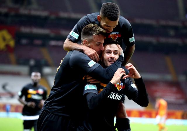 Galatasaray'a soğuk duş! Kayserispor karşısında puan kaybetti 1-1