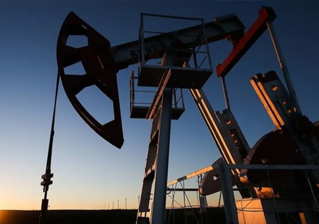 OPEC'den ocak ayı için günlük petrol üretimini 500 bin varil artırma kararı