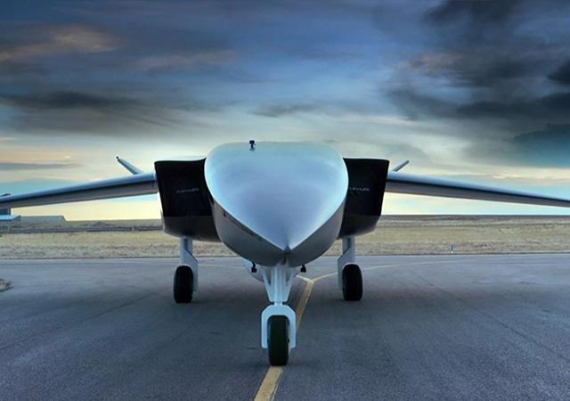 Dünyanın en büyük drone'nu: Ravn X