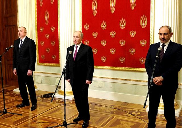 Moskova'da Karabağ'ın gelişimine dair ortak bildiri imzalandı