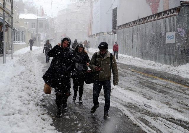 Meteoroloji'den turuncu alarm! İstanbul dahil birçok ilimize uyarı