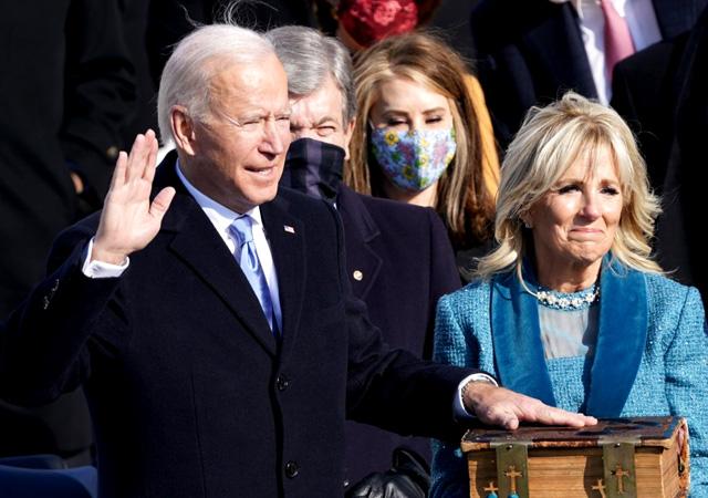 Joe Biden yemin ederek resmen başkan oldu