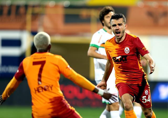 Muslera kalesinde devleşti! Galatasaray liderliği bırakmadı 1-0
