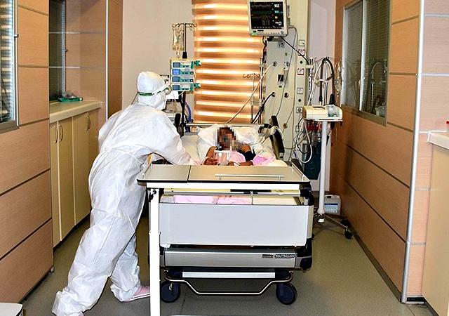 Türkiye'de corona virüsten son 24 saatte 78 can kaybı, 8 bin 104 yeni vaka 22 Şubat 2021