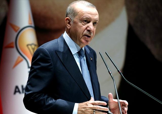 Erdoğan: AK Parti'de hiç kimse vazgeçilmez değildir