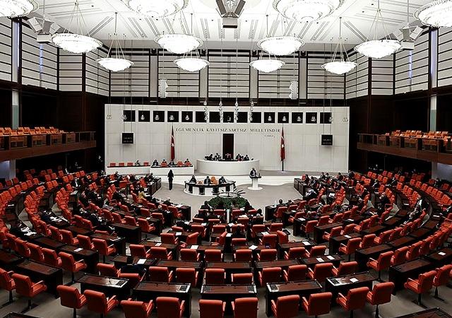 AK Parti'den Meclis'e Mısır teklifi