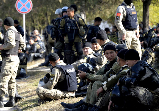 Orta Asya'da su savaşı: Kırgızistan-Tacikistan sınırındaki çatışmada ölü sayısı 39'a ulaştı