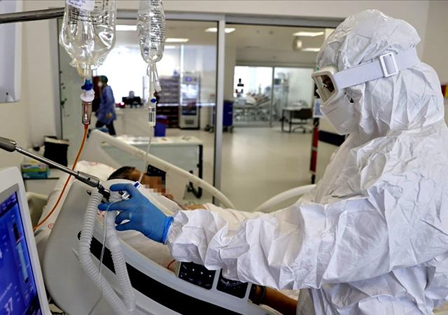 Yeni önlemler kapıda: Aşı olmayanlara kısıtlama gelebilir