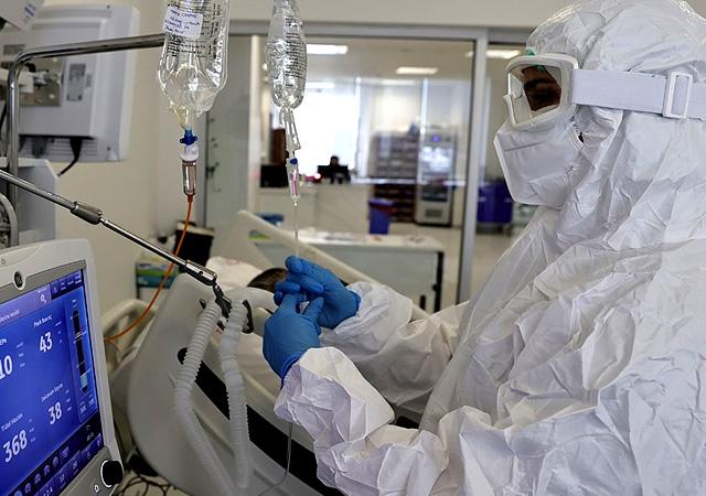 Türkiye'de corona virüsten son 24 saatte 347 can kaybı, 24 bin 733 yeni vaka 3 mayıs 2021