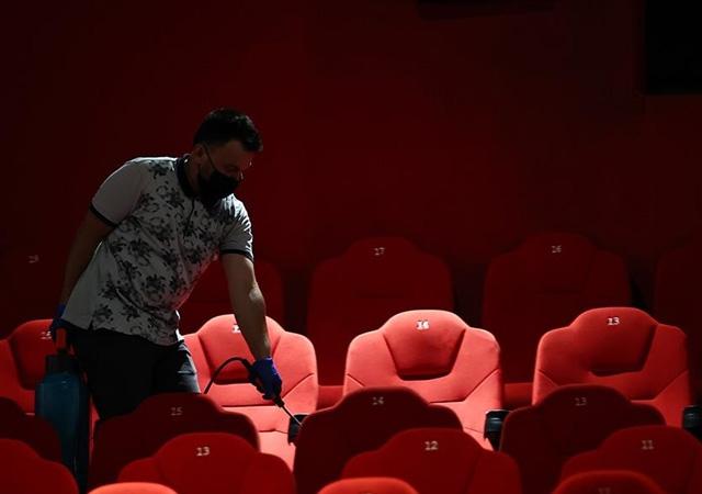 Sinema salonları sinemaseverlerle buluşmaya hazırlanıyor