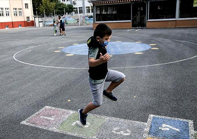 Okullarda telafi eğitim programı yarın başlıyor