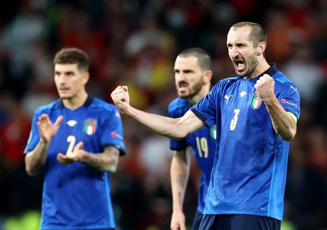 EURO 2020'de İspanya'yı penaltılarda eleyen İtalya finalde