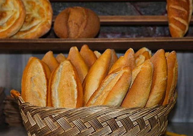 İBB'den ekmeğe yüzde 25 zam