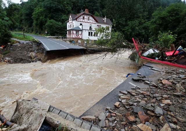 Almanya'da sel bilançosu ağırlaşıyor: 133 ölü