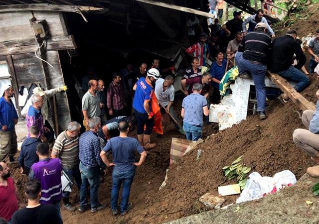 Erdoğan açıkladı: Rize'de selin vurduğu yerler Afet Bölgesi ilan edilecek