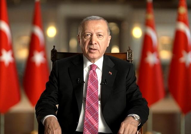 Cumhurbaşkanı Erdoğan'dan bayram mesajı: Vatandaşlarımızı aşıya davet ediyorum