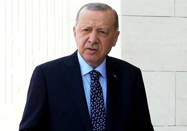 Erdoğan'dan yangınlarda sabotaj iddialarına yanıt: Soruşturmalar yoğun şekilde devam ediyor