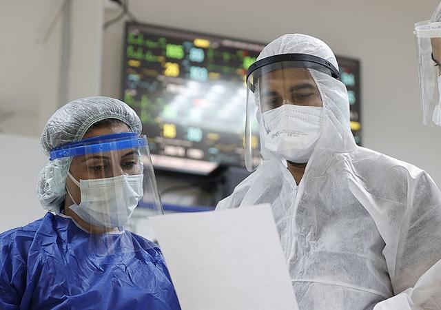 Türkiye'de corona virüsten son 24 saatte 154 can kaybı, 18 bin 847 yeni vaka 15 Ağustos 2021