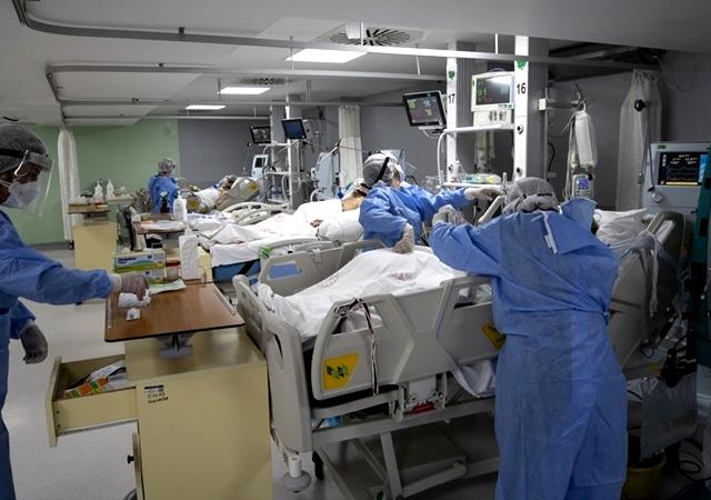 Türkiye'de corona virüsten son 24 saatte 168 can kaybı, 19 bin 944 yeni vaka 18 Ağustos 2021