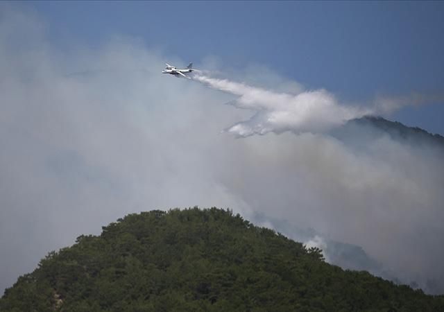 Kazdağları'ndaki orman yangını sürüyor