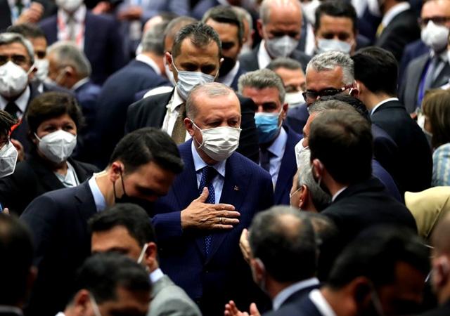 Cumhurbaşkanı Erdoğan, 19 yılda yapılanları anlattı