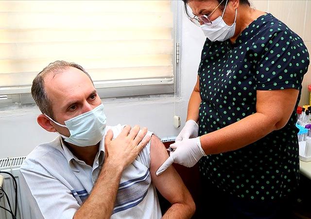 Yerli aşı TURKOVAC için 3 bin gönüllü aranıyor!
