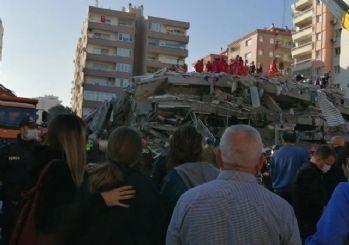 İzmir'de yıkılan binaların tamamı ruhsatlıymış