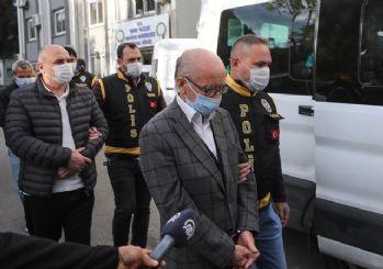 İzmir'de yıkılan binalarla ilgili 7 kişi tutuklandı