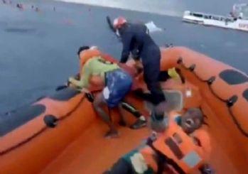 Batan mülteci teknesinde bebeğini arayan anne: Bebeğimi kaybettim bebeğim nerede?
