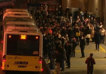 İstanbul'da toplu ulaşımda korkutan kalabalık