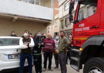Bursa'da kısıtlamaya rağmen sokağa çıkıp, yangını izlediler