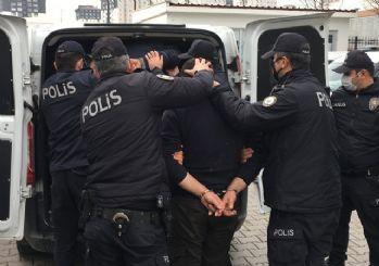 Ankara'da sokak kısıtlamasında kontrol noktasında polise saldıran 4 kişiye gözaltı