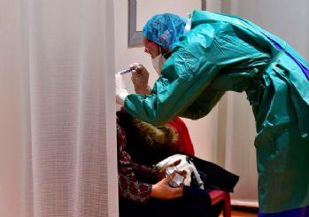 Koronavirüsten ölen sağlıkçıların yakınlarına aylık bağlanacak