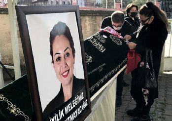 Vahşice ölüdürülen Aylin Sözer'e son veda