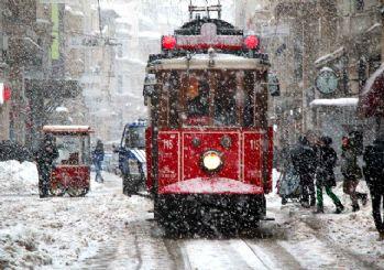 İstanbul'a 1987 karı yağacak mı? Meteoroloji iddialara yanıt verdi