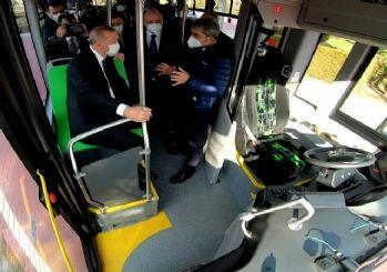 Türkiye'nin ilk elektrikli sürücüsüz otobüsü! İlk yolcusu Erdoğan oldu