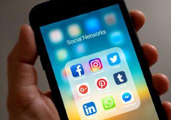 Optimar'dan sosyal medya anketi: Facebook'ta AK Parti Twitter'da İYİ Parti