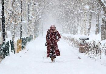 Meteoroloji'den Türkiye geneli için uyarı: Yoğun kar, fırtına, çığ, zirai don