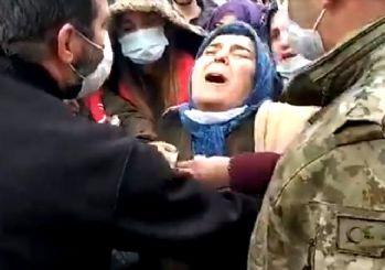 Gara şehidinin annesinden yürek yakan feryat: Benim oğlum ölmedi, şehit oldu!