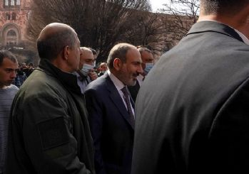 Ermenistan'da ordu muhtıra verdi: Paşinyan direniyor