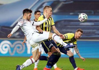 Fenerbahçe Kadıköy'de kayıp! 2-1