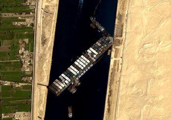 Süveyş Kanalı açıldı
