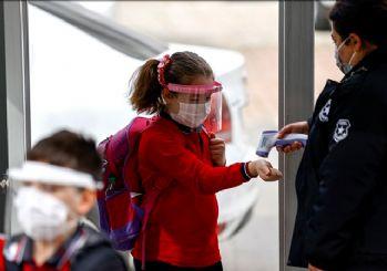 Okullar tekrar kapanacak mı? MEB'den yüz yüze eğitim açıklaması